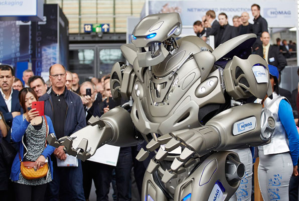 HOMAG's Titan the robot received a lot of attention at LIGNA.